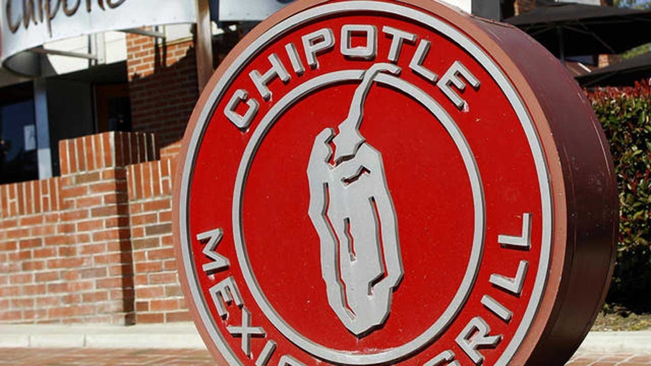 Chipotle Has Nurses To Ensure Workers Really Sick, Not Just Hungover