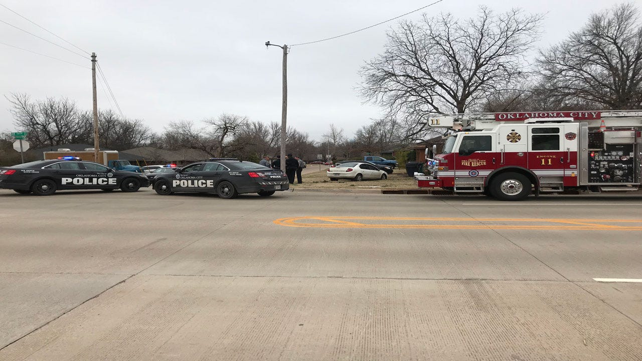 Police Chase Ends In Crash, Suspect Fleeing On Foot