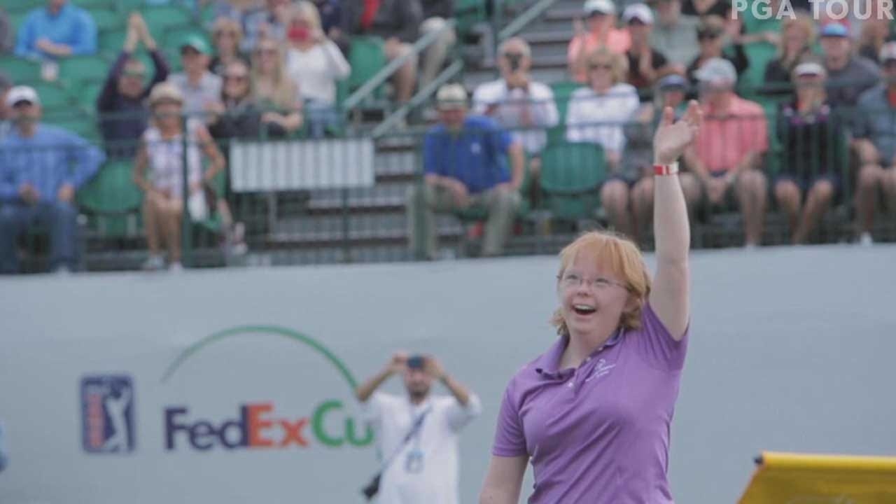 College Athlete With Down Syndrome Wows Pro Golfers