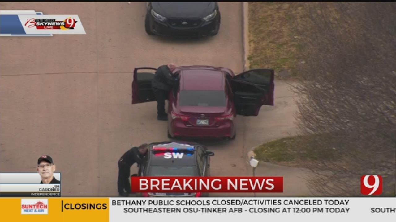 Police Pursuit Ends In NW Oklahoma City