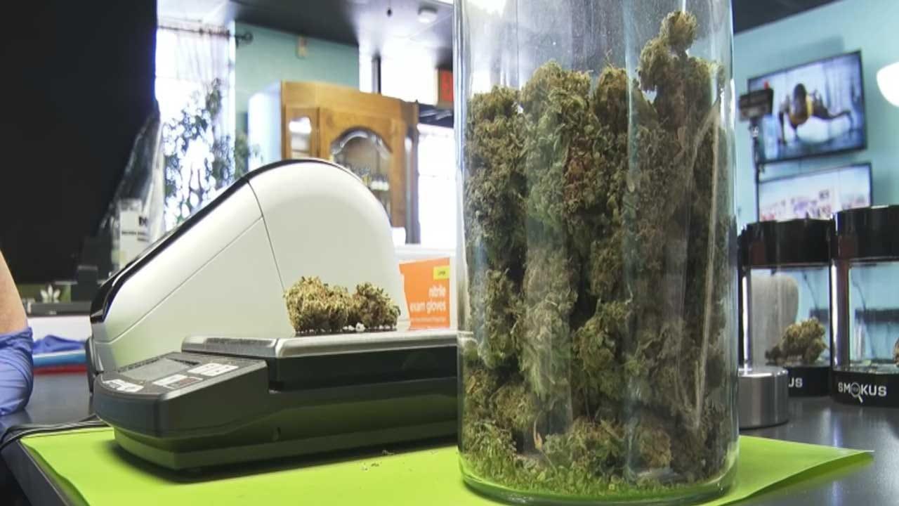 Oklahoma CBD, Medical Marijuana Dispensaries Required To Obtain Food Licenses