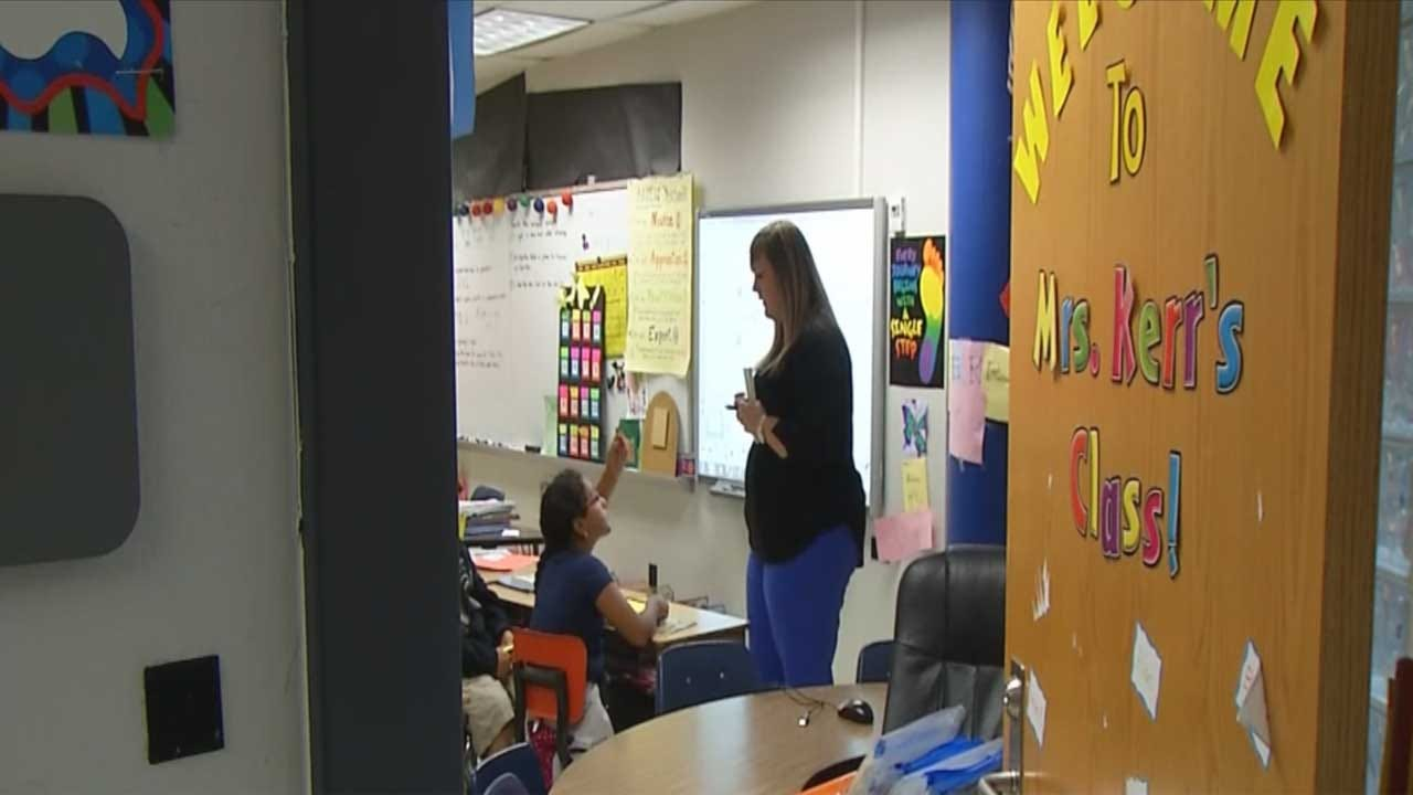 State House Of Representatives Passes $1,200 Pay Raise For Teachers