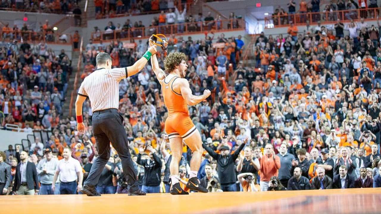 Cowboy Wrestling Caps Perfect Season With Win Over No. 3 Iowa