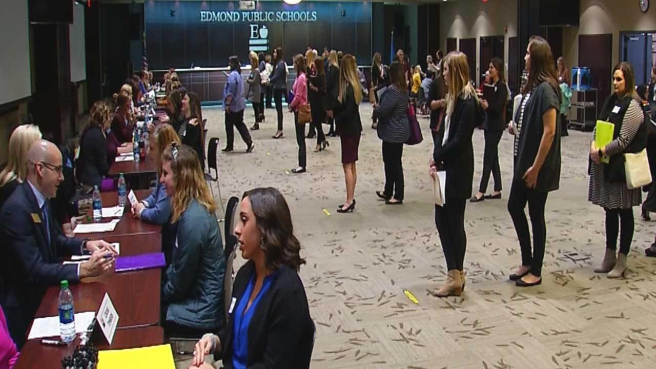 Edmond School District Reports Increase In Teacher Applicants