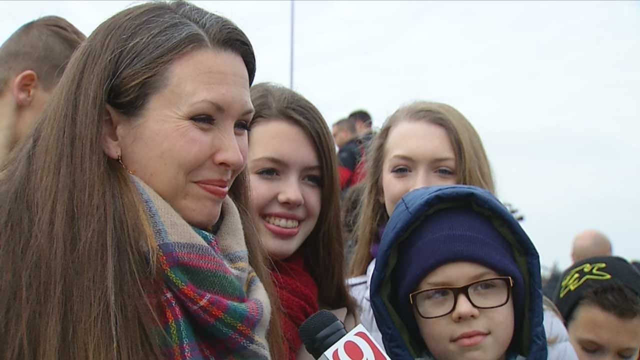 Parents Bring Home-Schooled Children To Governor Inauguration For 'Real-Life Civics Lesson'