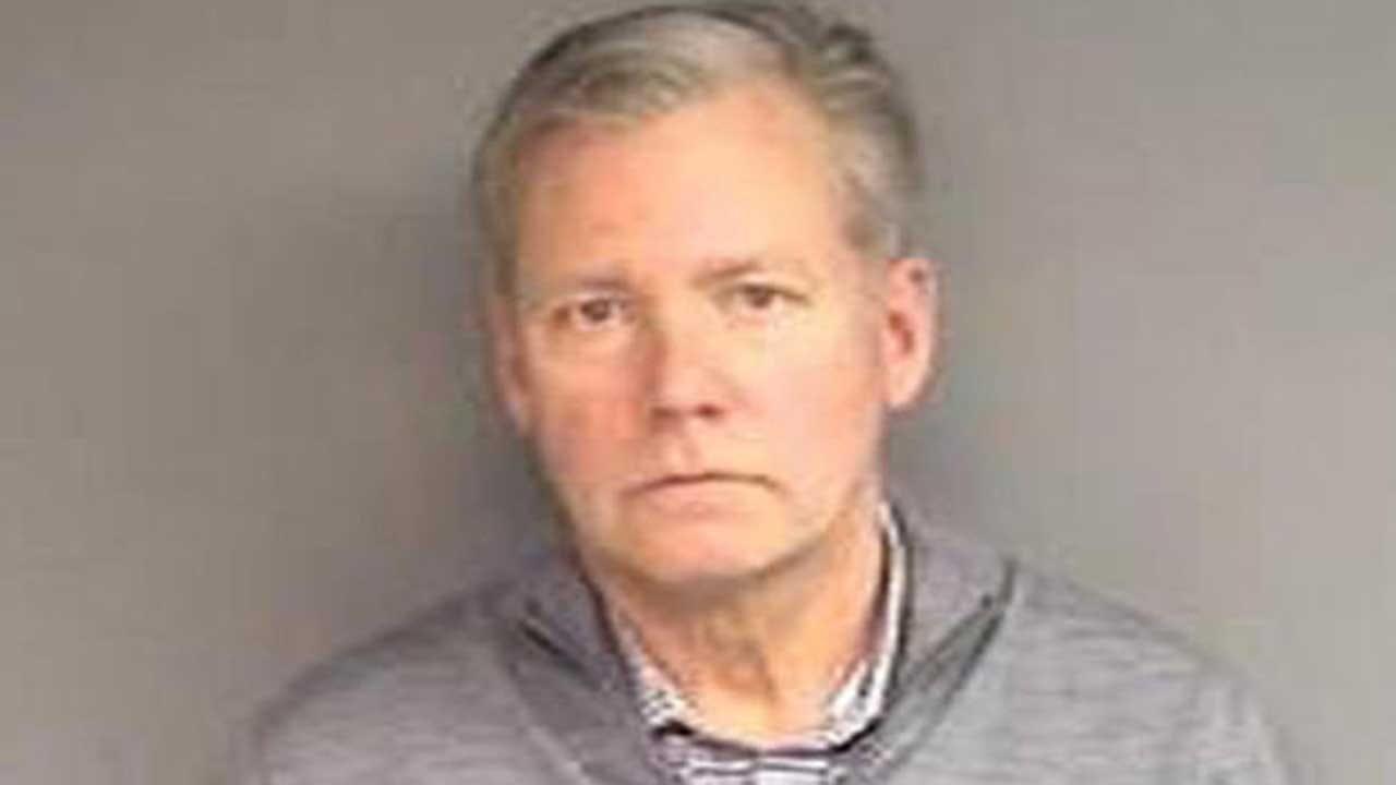 Chris Hansen, Former 'To Catch a Predator' TV Host, Arrested Over Bad Checks, Police Say