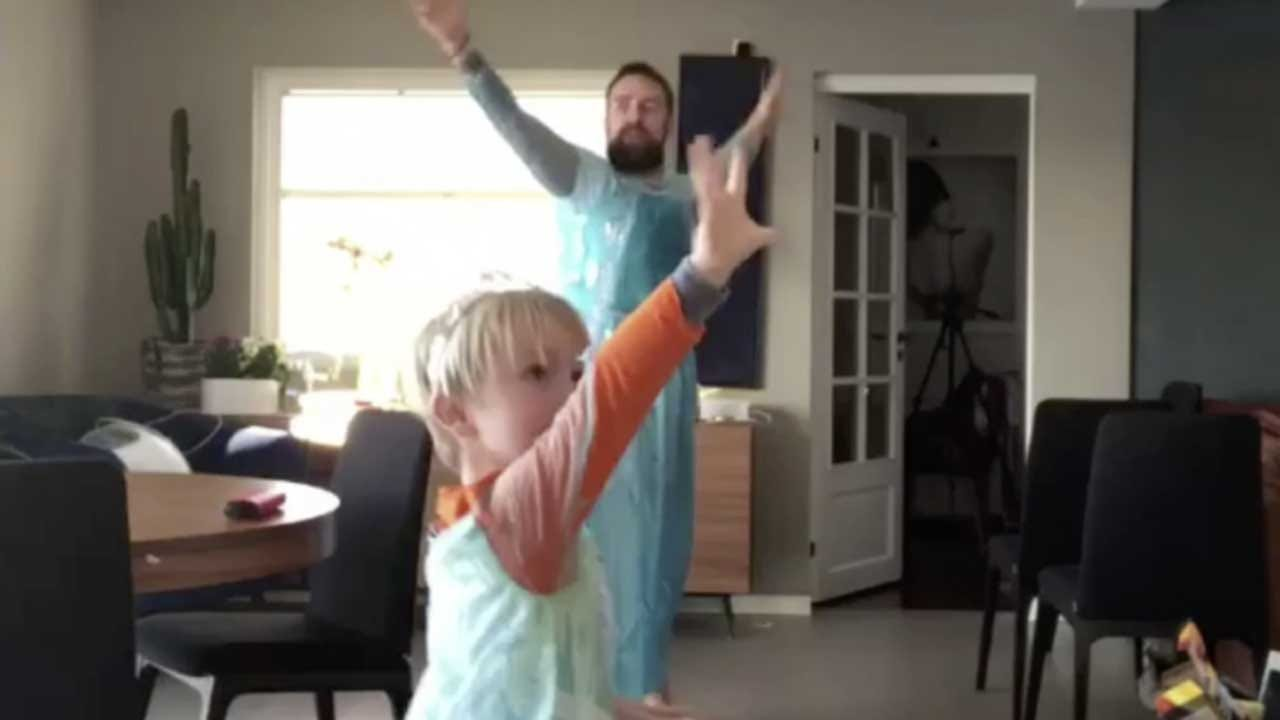 'Let It Go': Dad And 4-Year-Old Son Wear 'Frozen' Dresses, Dance In Viral Video