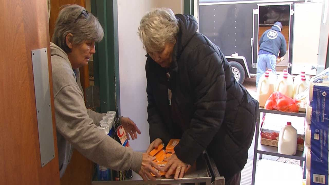Prague Hospital Employees, Non-Profit Helping Provide Patients Meals