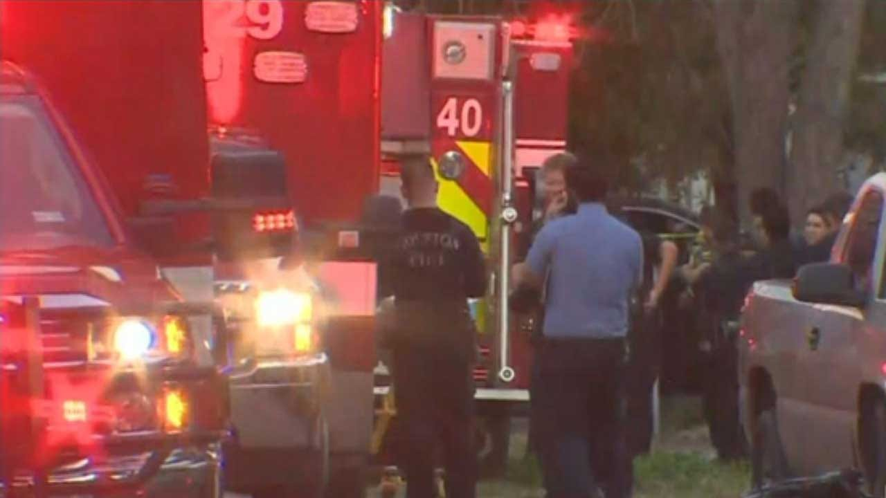 2 Officers Critically Wounded In Houston Shooting; 2 Suspects Dead