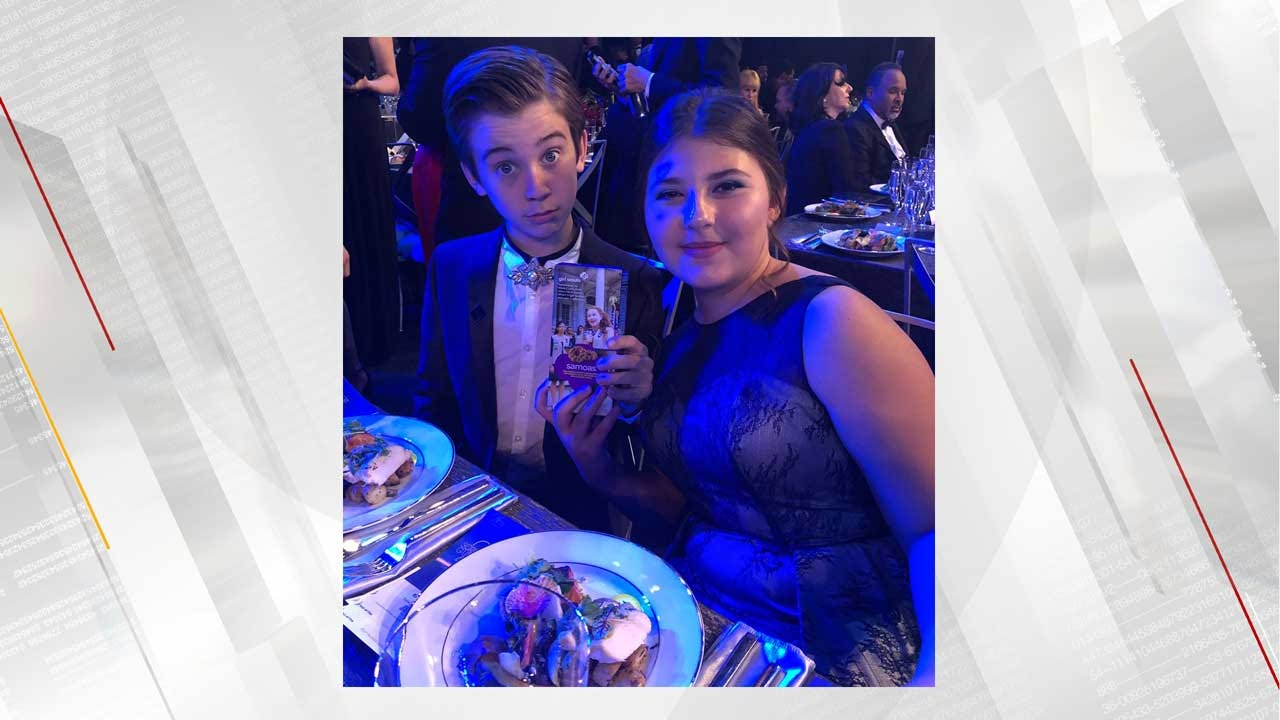 Young Kate From 'This Is Us' Sold Girl Scout Cookies At The SAG Awards