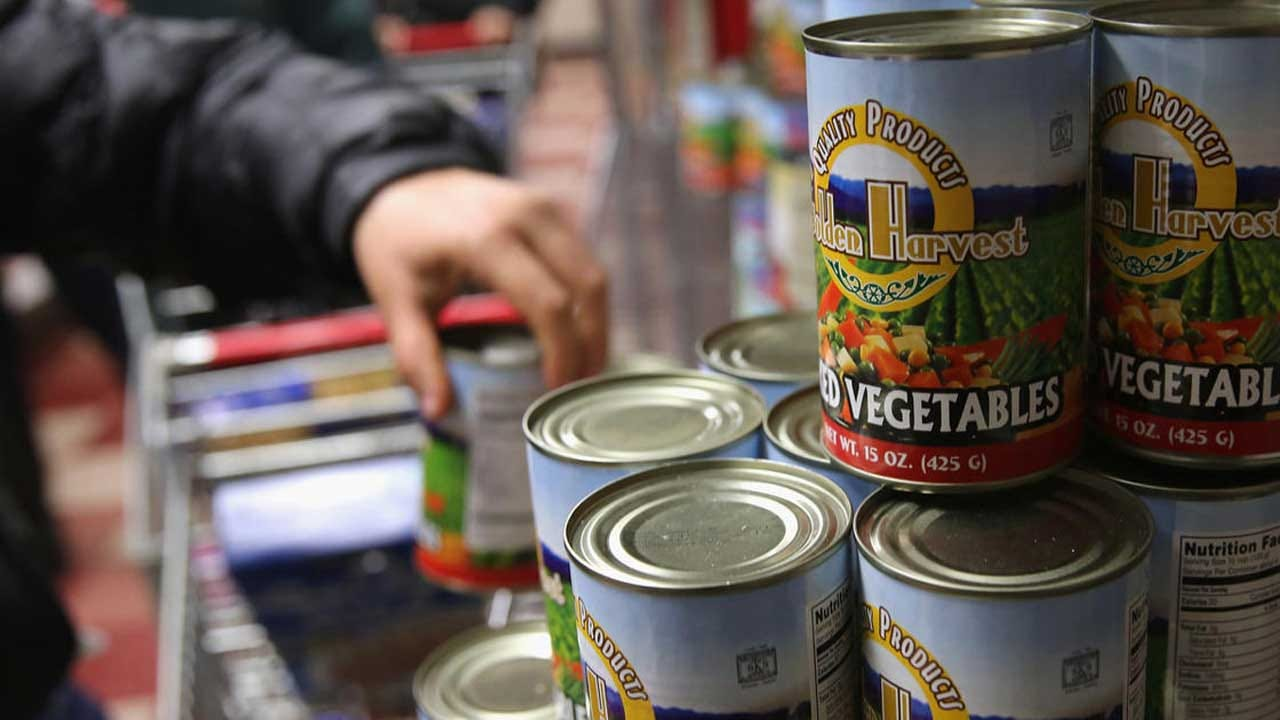 Food-Stamp Recipients Face Long Wait For Their Next Payment