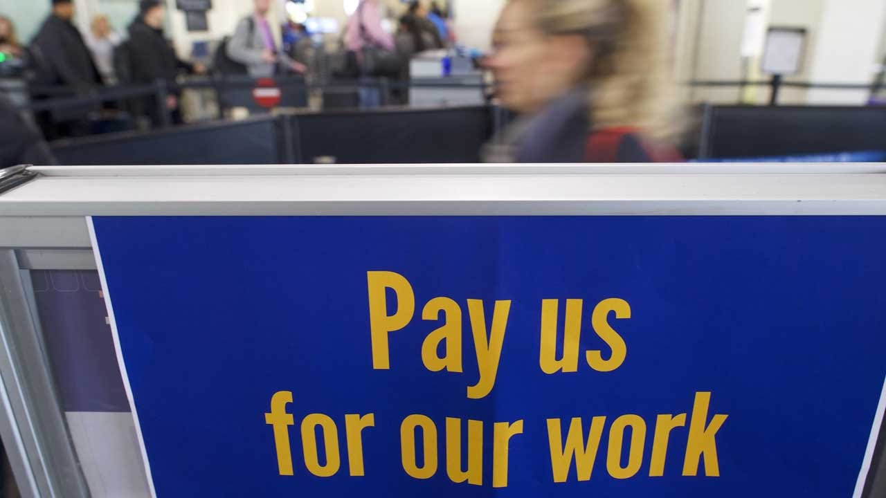 House Passes Bill To Increase Pay For Federal Workers In Wake Of Shutdown