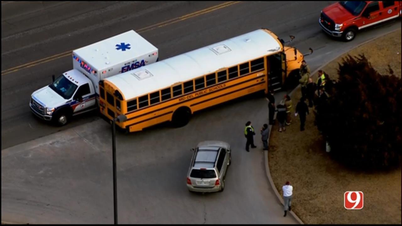 Crash Involving School Bus Reported In SE OKC