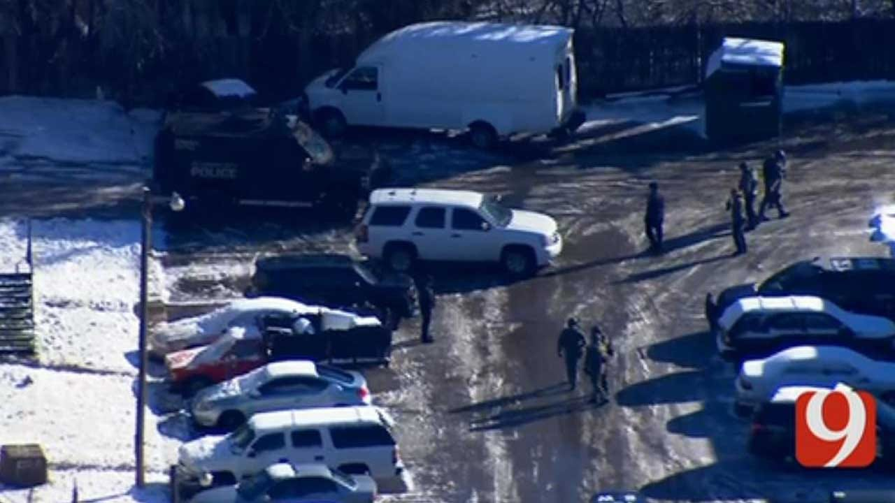 1 Detained After Standoff At NW OKC Apartment Complex