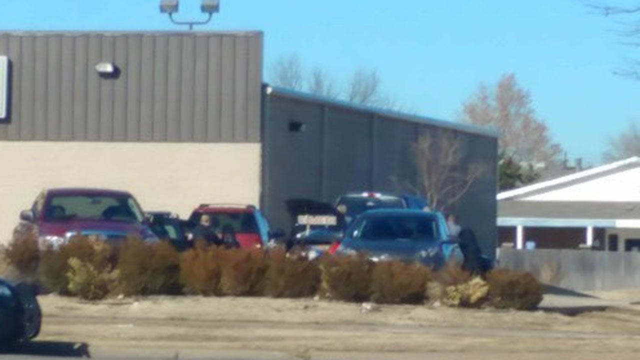 Standoff Outside Dollar General In SW OKC Ends Peacefully