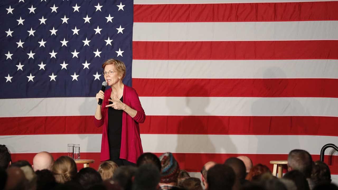 Elizabeth Warren's Iowa Debut: 'I'm In This Fight'