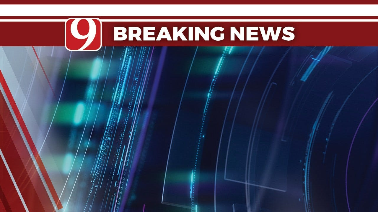 Minor Injuries Reported In Rollover Accident On I-44