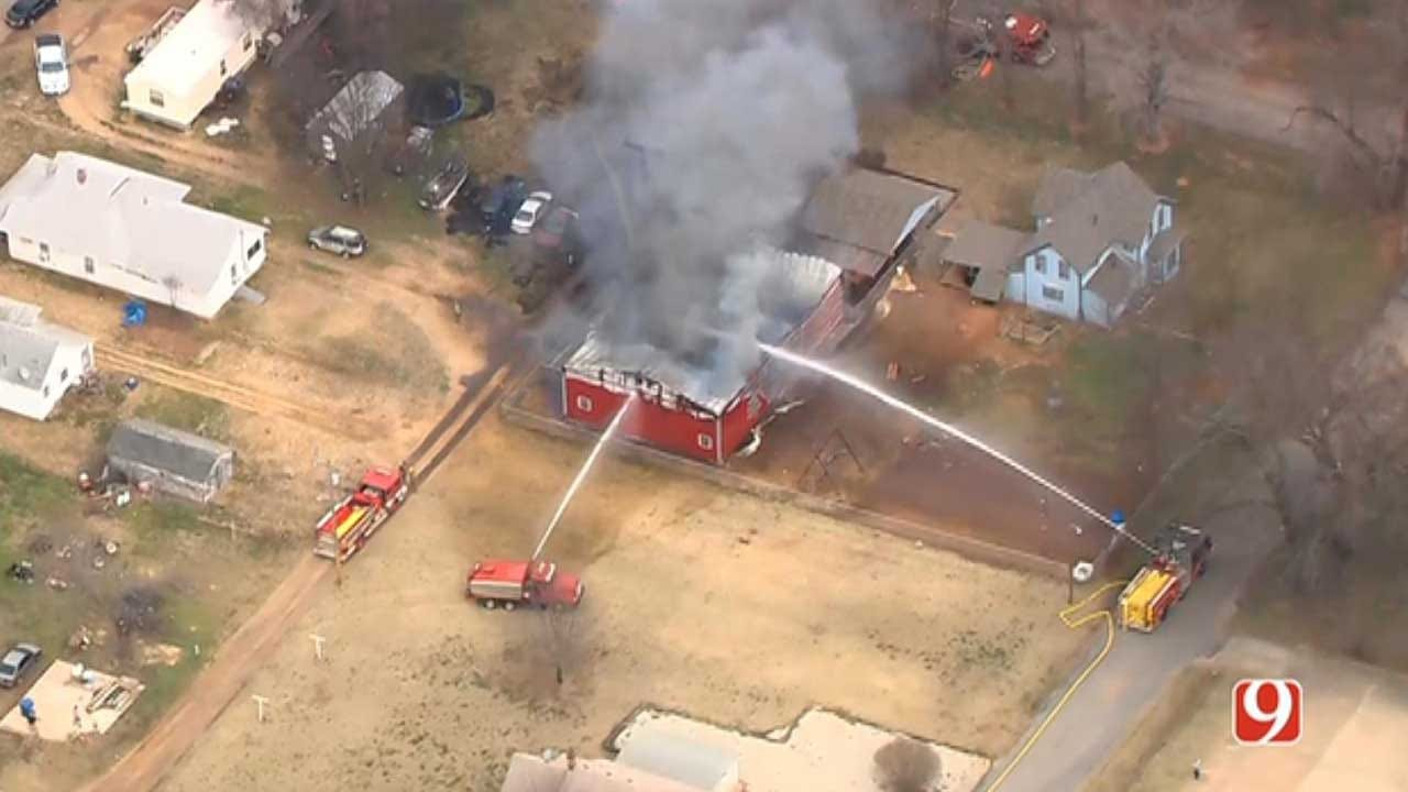 Coyle, Guthrie Firefighters Battle Structure Fire In Logan County