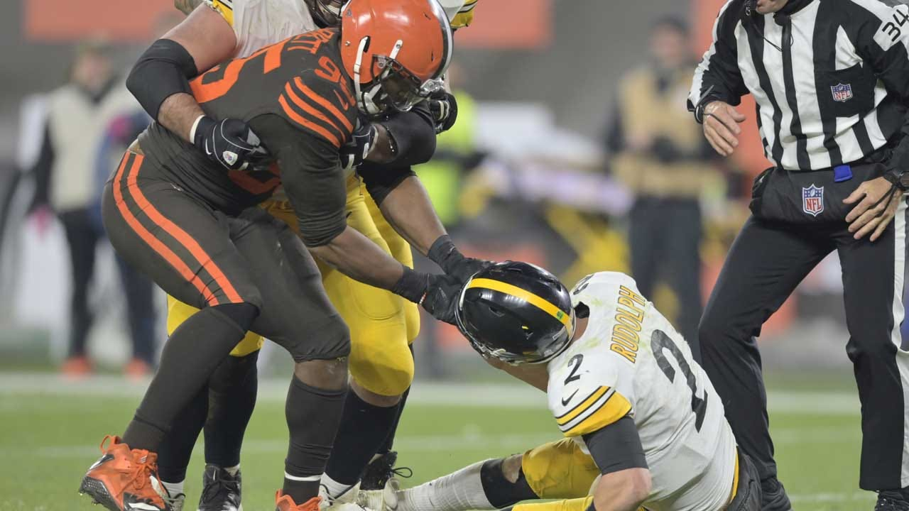 Cleveland Browns' Myles Garrett Suspended By NFL After Helmet Hit, Fight During Steelers Game
