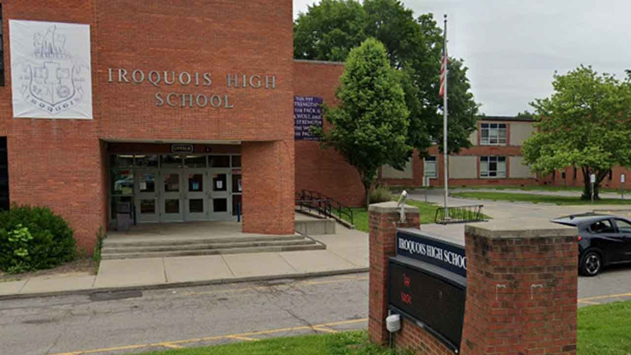 4 High School Students Charged In Bathroom Attack On Reported Autistic Classmate