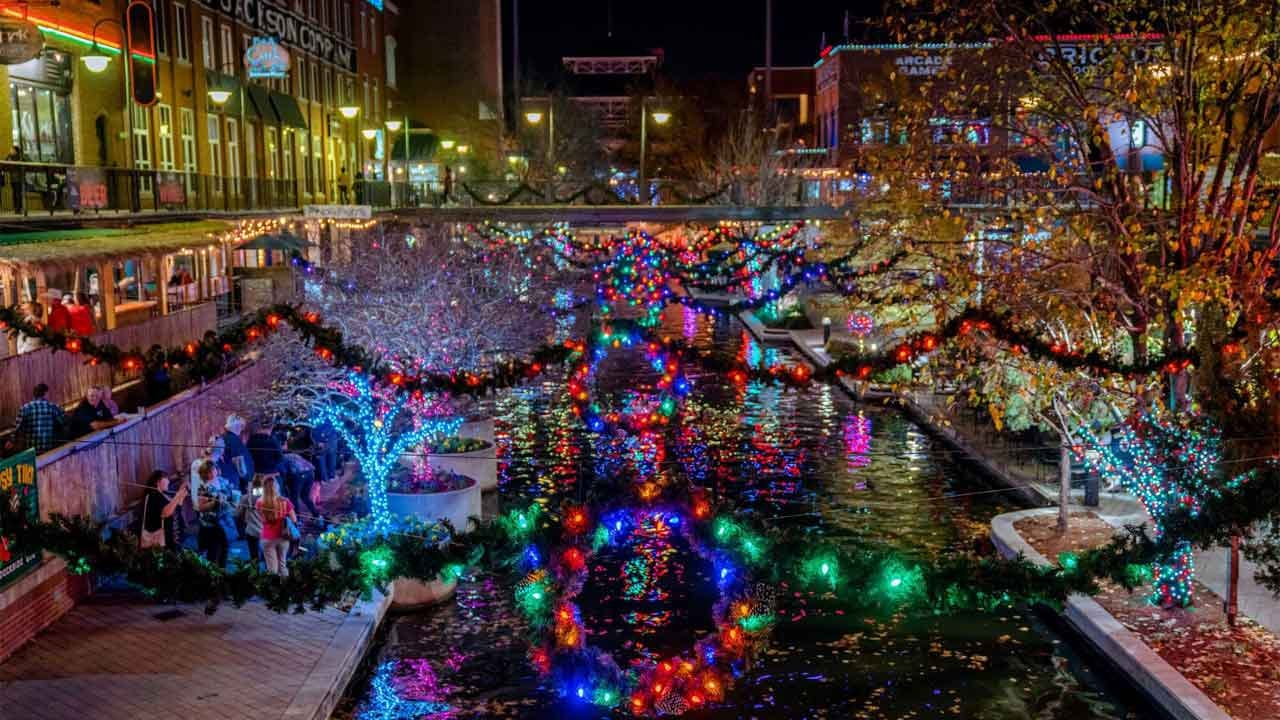 Bricktown To Offer Free Water Taxi Rides On The Canal For The Holidays