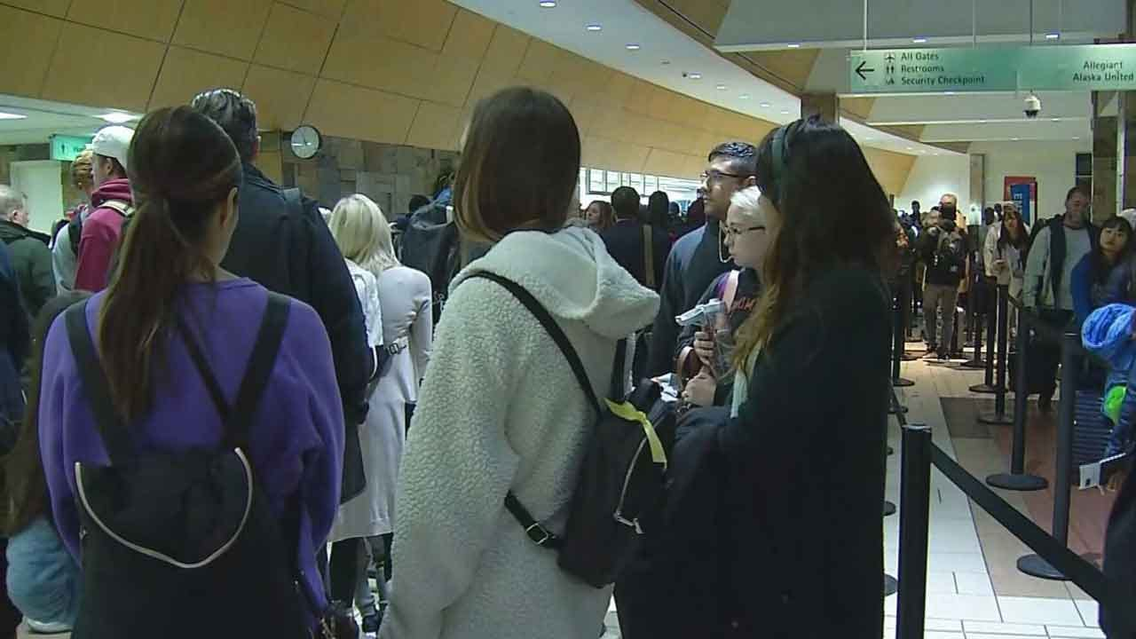 Travelers Urged To Allow For Extra Time During Thanksgiving Holiday