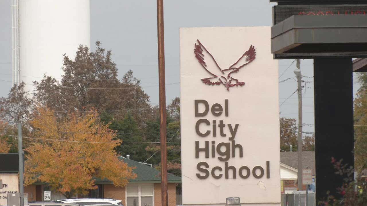 Del City Police Investigating After Teacher Allegedly Punched By Student
