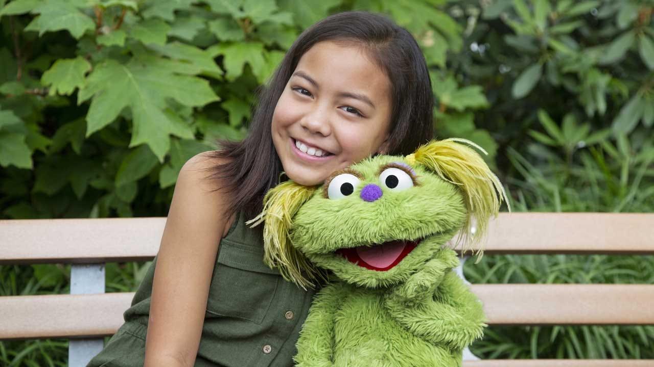 'Sesame Street' Addresses Opioid Crisis As Muppet's Mother Battles Addiction