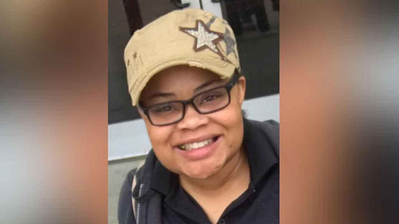 Fort Worth Police Officer Fatally Shoots Woman In Her Own Home