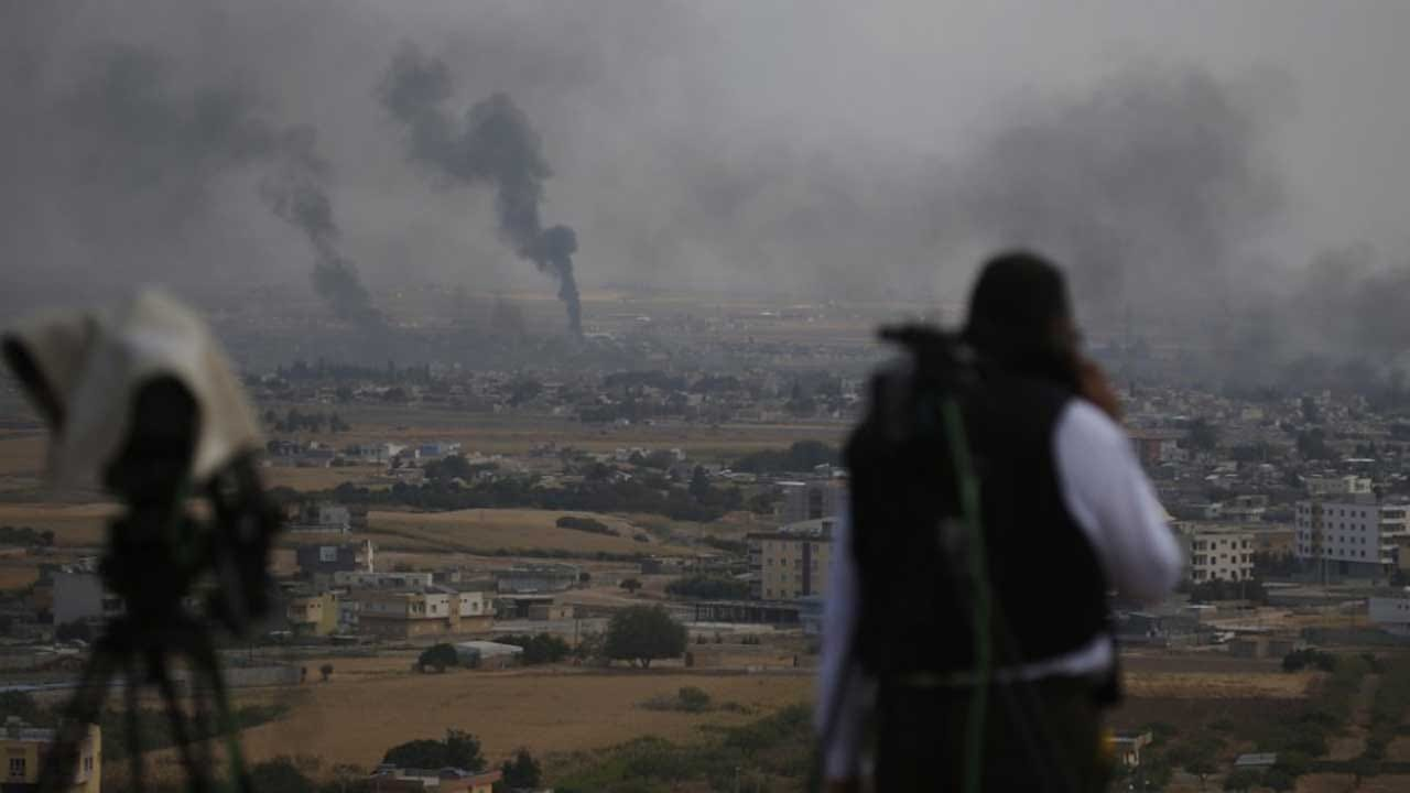 Turkey Calls On Kurdish Fighters To Lay Arms, Vacate Border