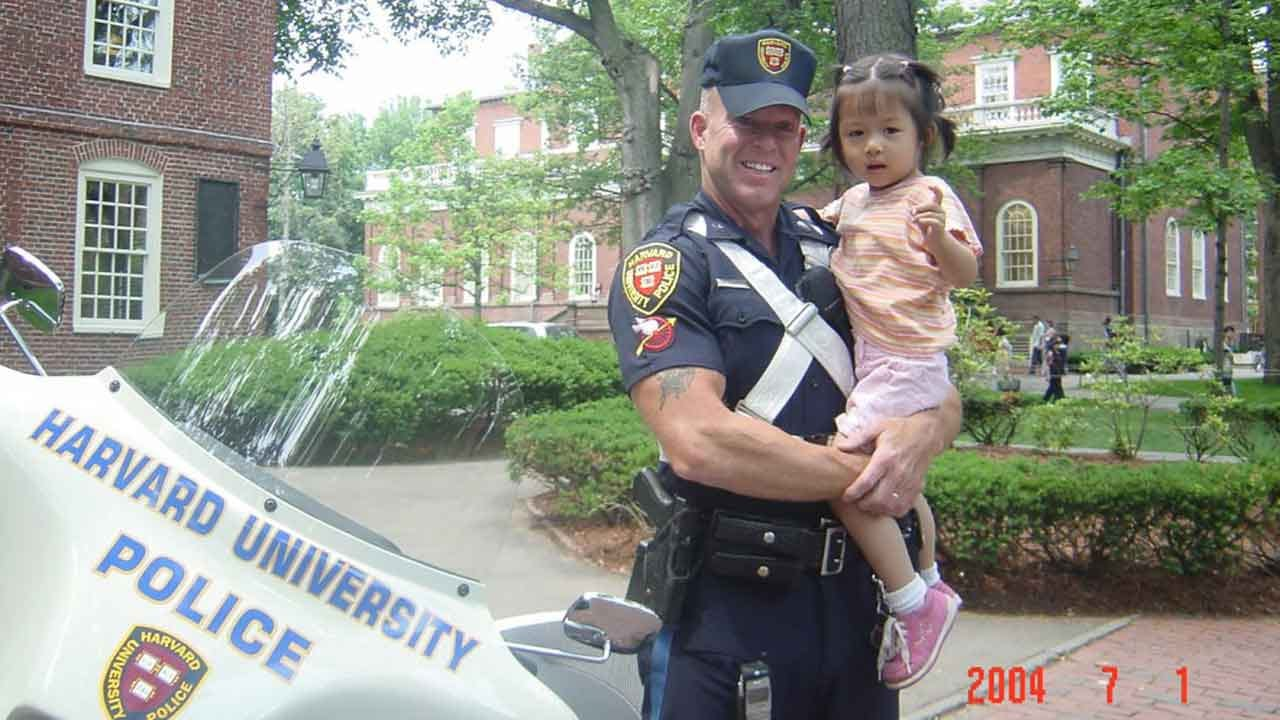 Girl Recreates Photo With Harvard Cop 15 Years Later