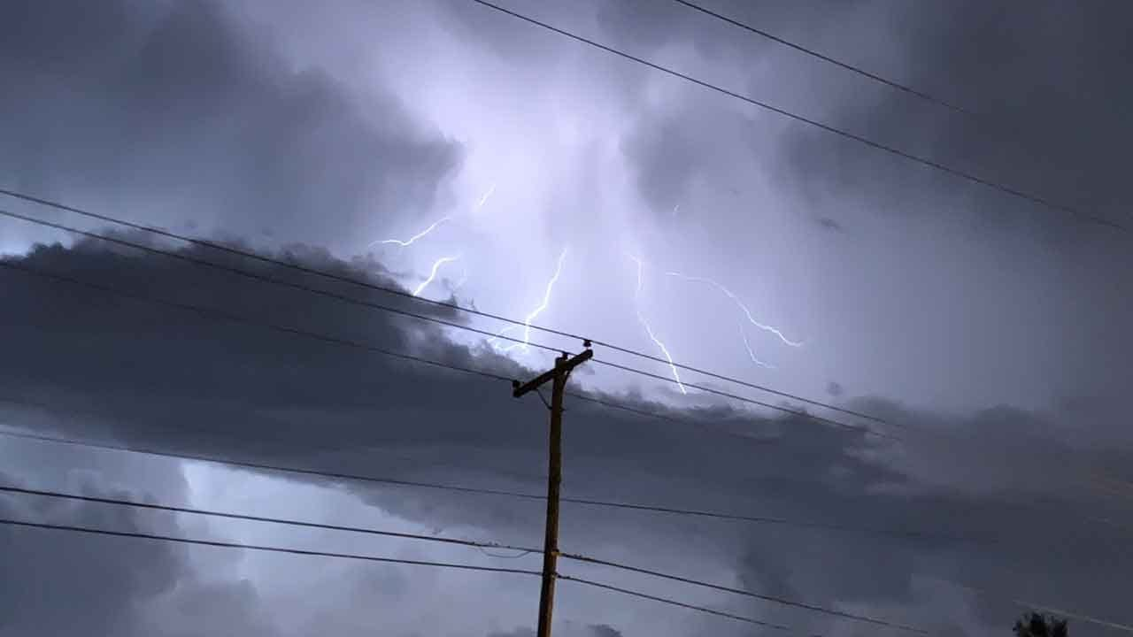 Oklahoma Storms Produce Winds, Hail; Some Damage