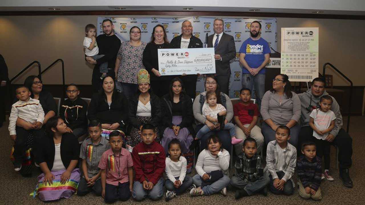 Couple With 7 Children, 21 Grandchildren Claims $80M Powerball