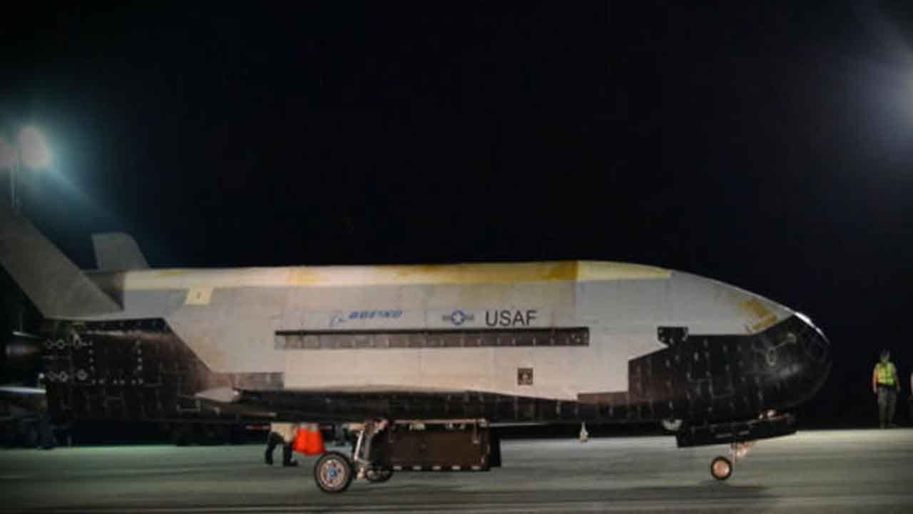 Air Force Spaceplane Returns To Earth After 780-Day Mission