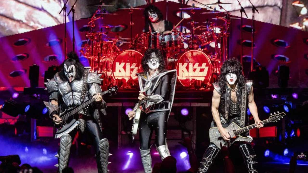 Jumping The Shark? Kiss Will Play For Them In The Ocean