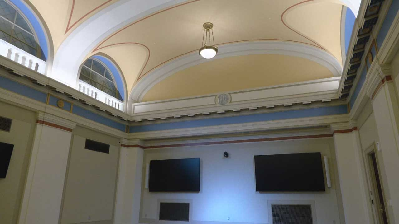 FIRST LOOK: News 9 Tours Governor Stitt's New Suite After State Captiol Restoration Project Completed