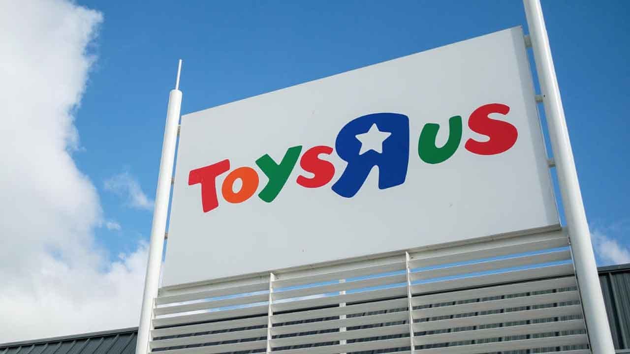 Toys R Us Launches New Website And Teams With Target