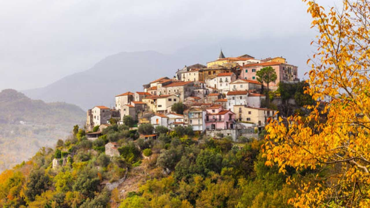 This Italian Region Is Offering $27,000 For You To Move In There