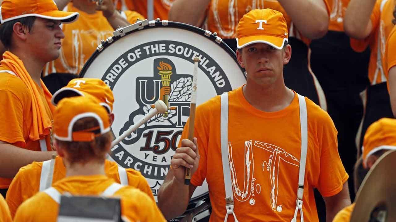 Tennessee Band Members Wear T-shirt Honoring Bullied Fan