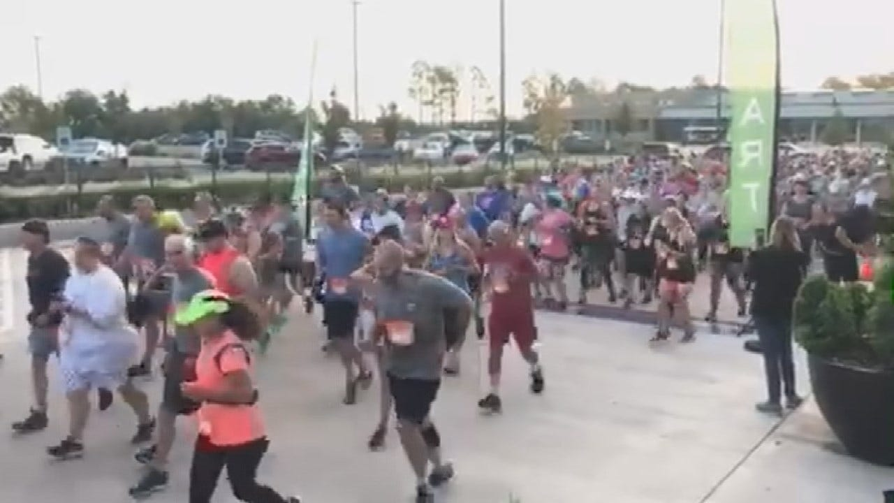More Than 600 Runners Take Part In OKC Zoo's 'Monarch Madness 5k'