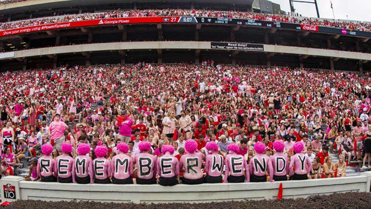 UGA Fans Wear Pink To Honor Arkansas Football Coach's Wife