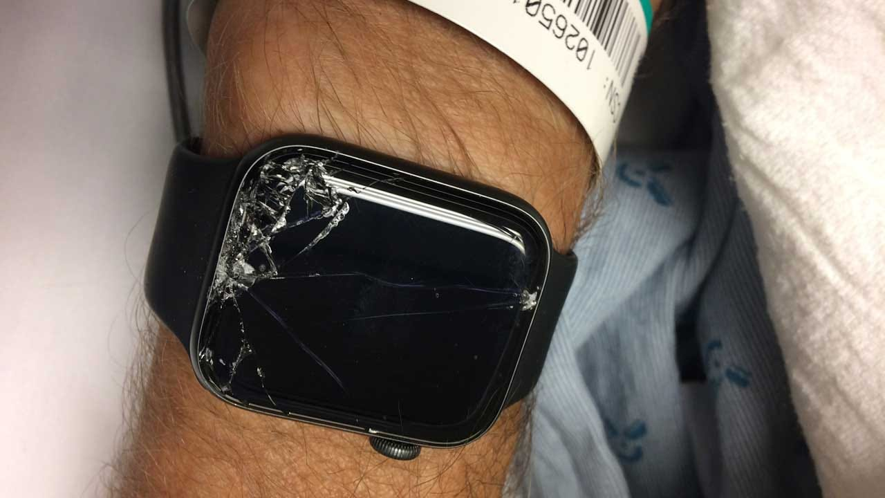 Man Credits This Apple Watch Feature For Helping Save His Father