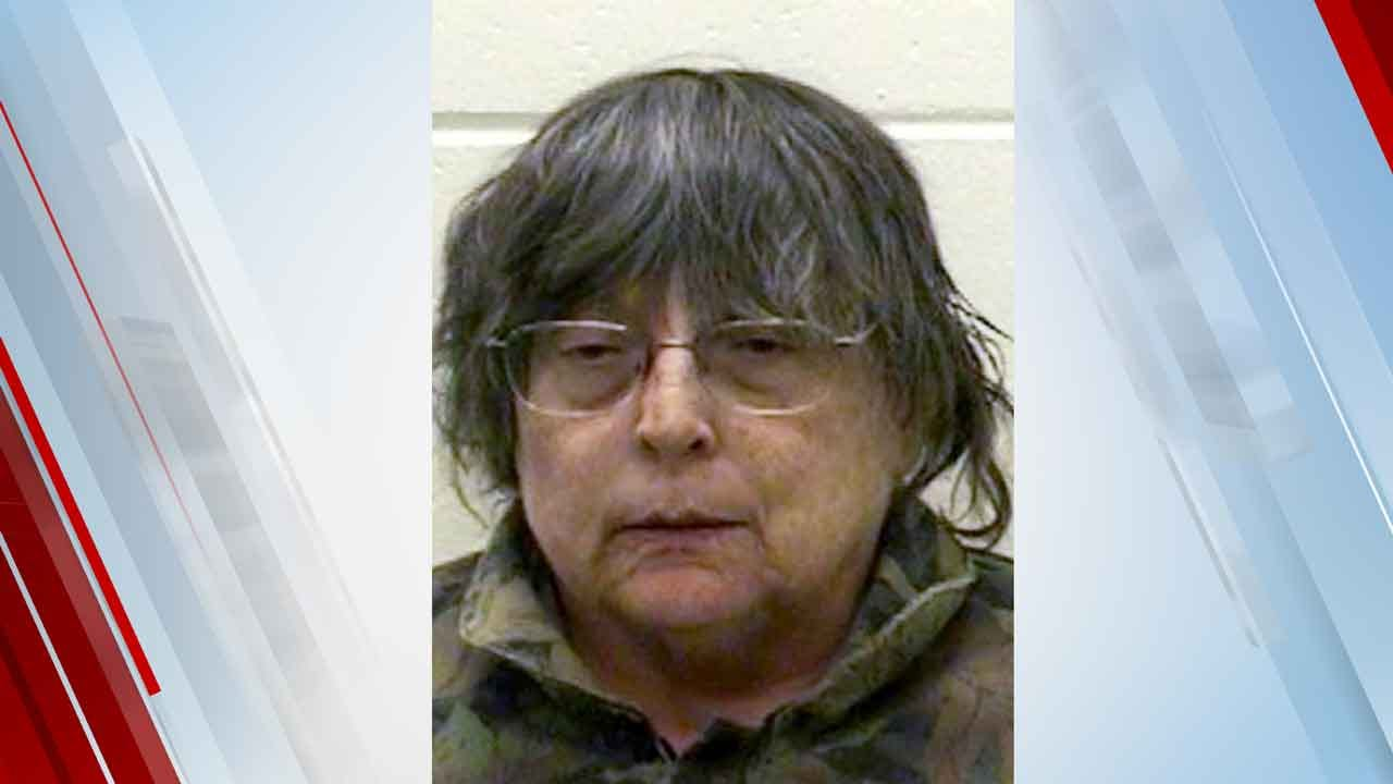 Charges: Wisconsin Woman Hid Mom's Corpse, Collected Income