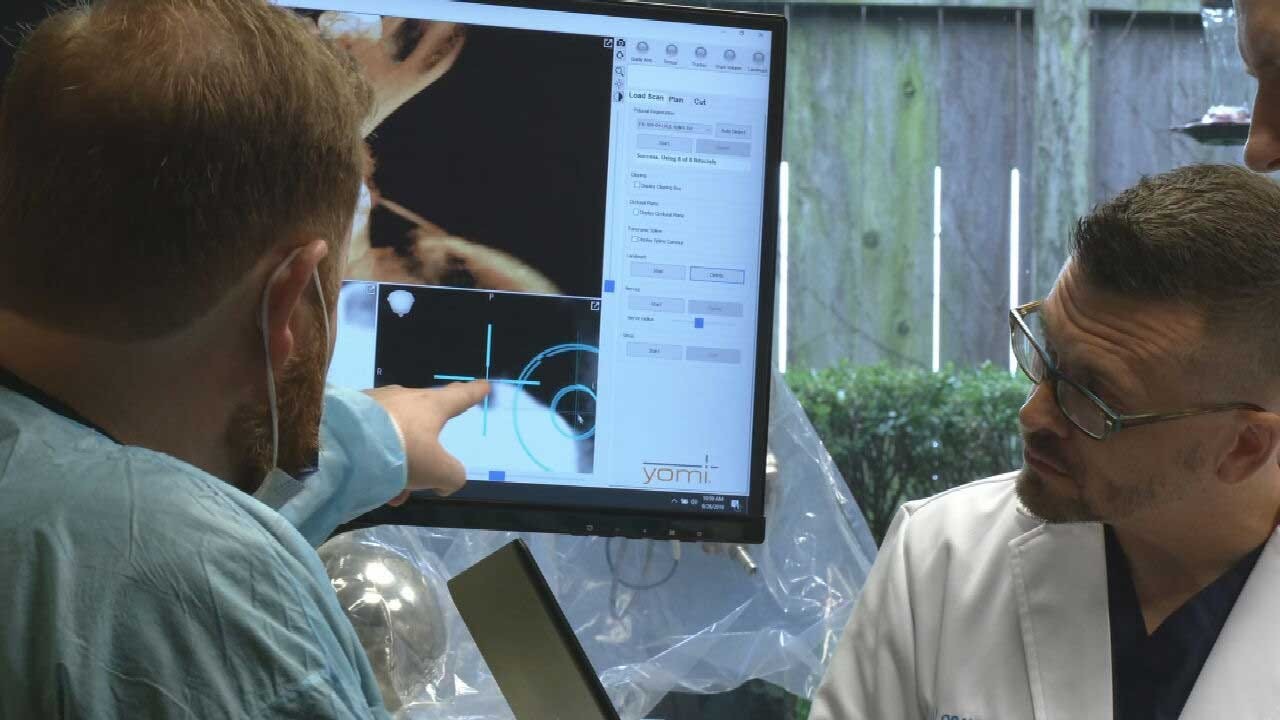 Robot Performs Oral Surgery For First Time In Oklahoma