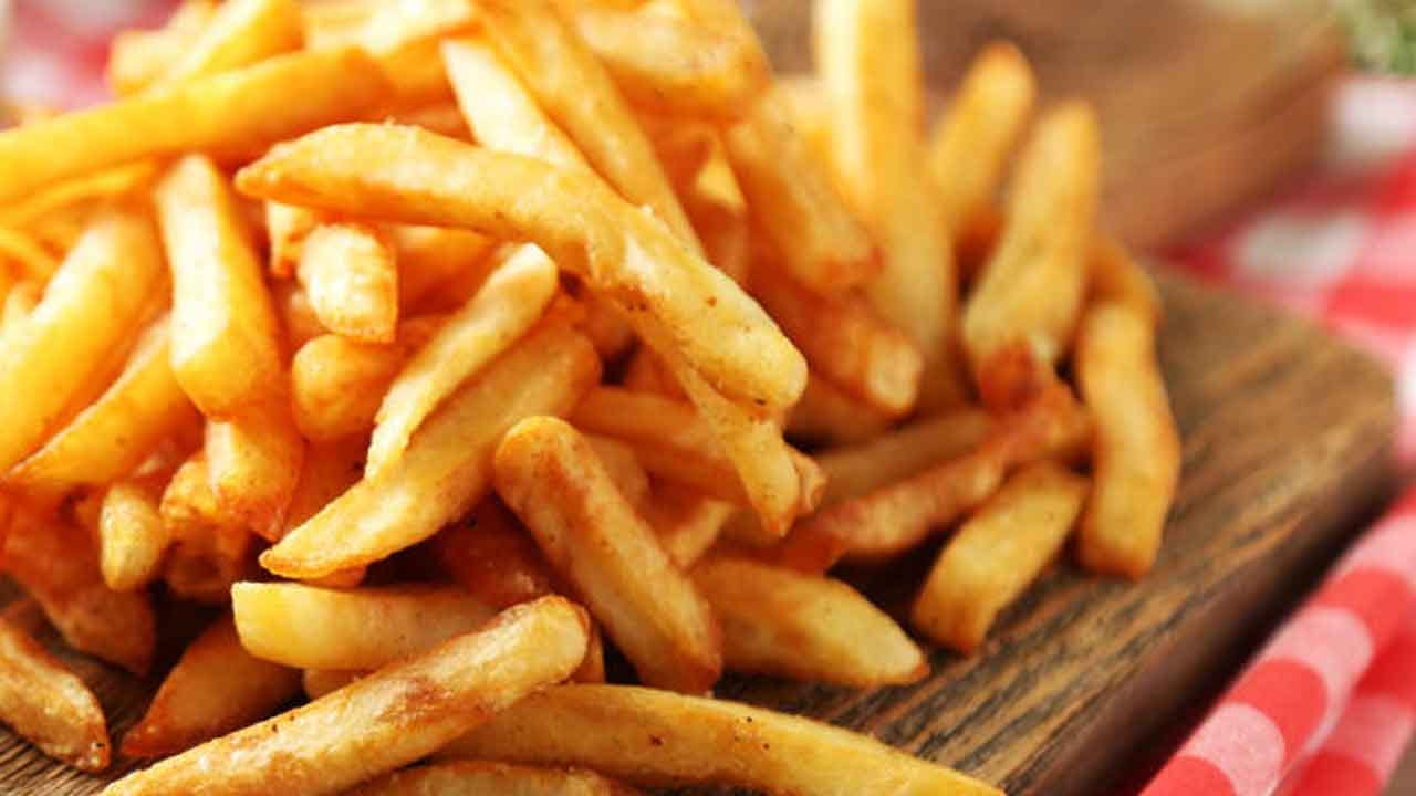 Teenage Boy Goes Blind After Living On French Fries, Chips And Bread