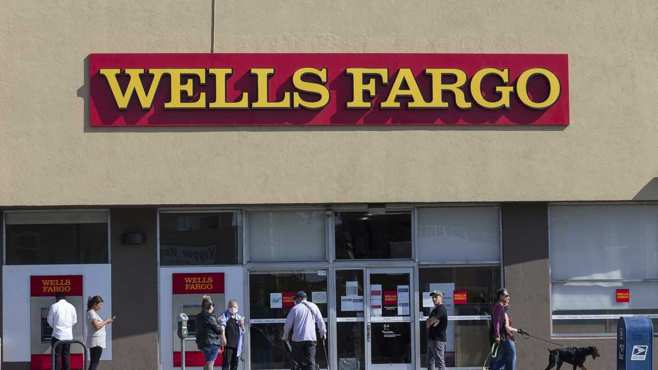Fed Loosens Leash On Wells Fargo So It Can Lend More To Small Businesses
