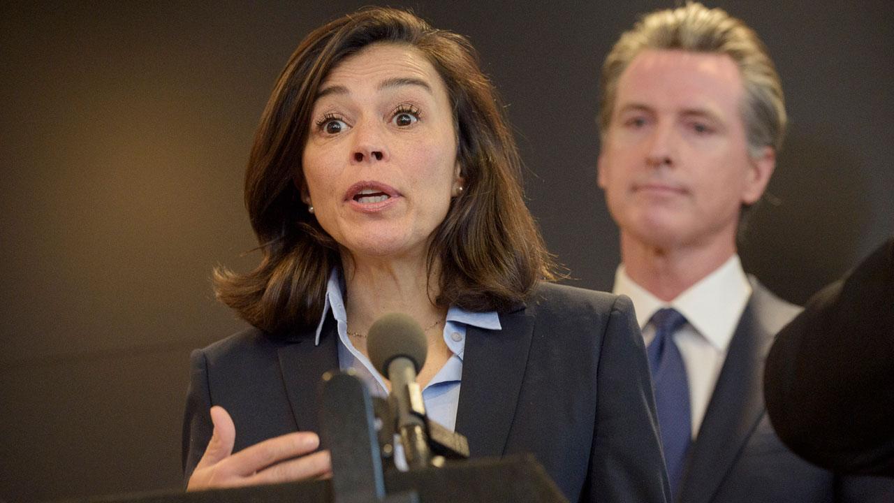 California's Top Public Health Official Resigns After Massive Coronavirus Data Glitch