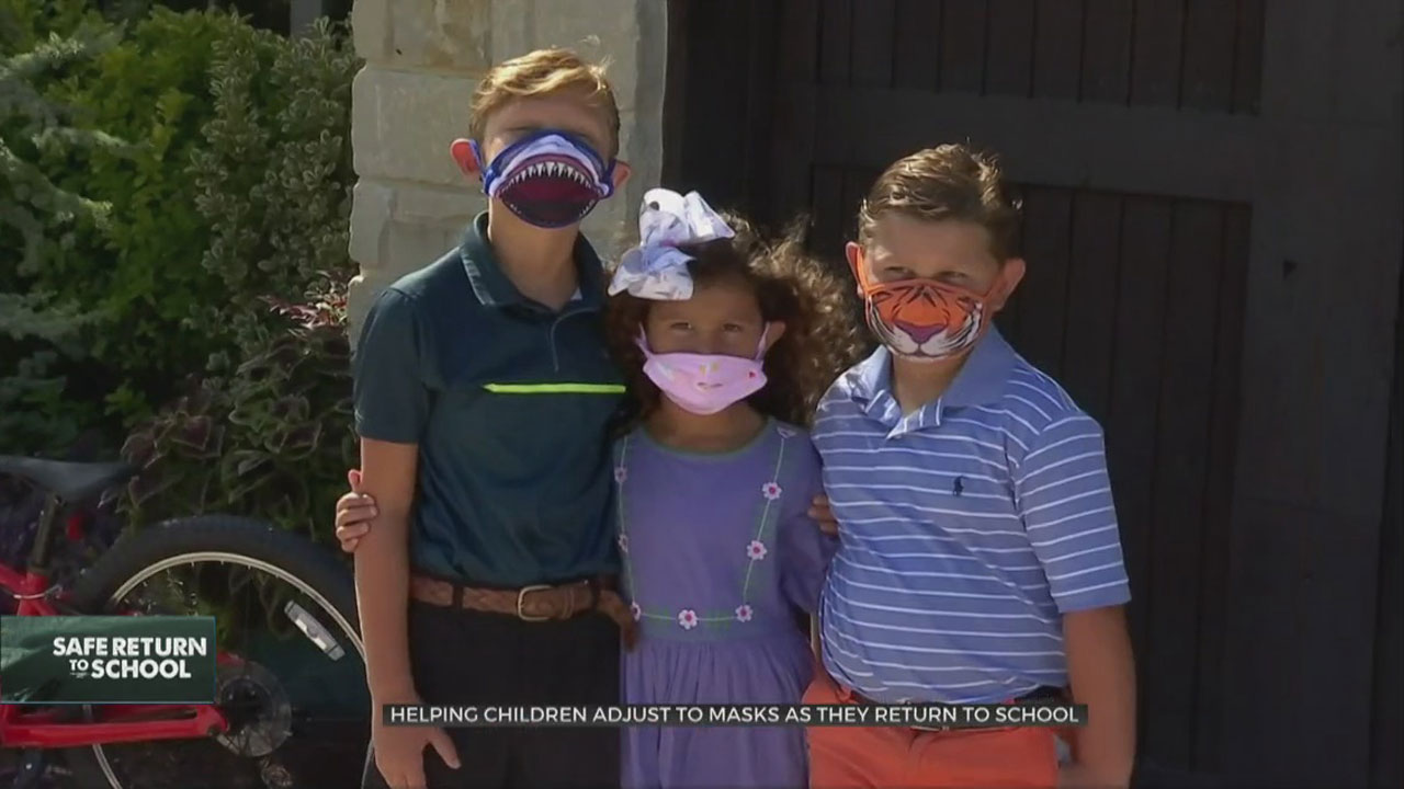 Helping Children Adjust To Masks As They Return To School