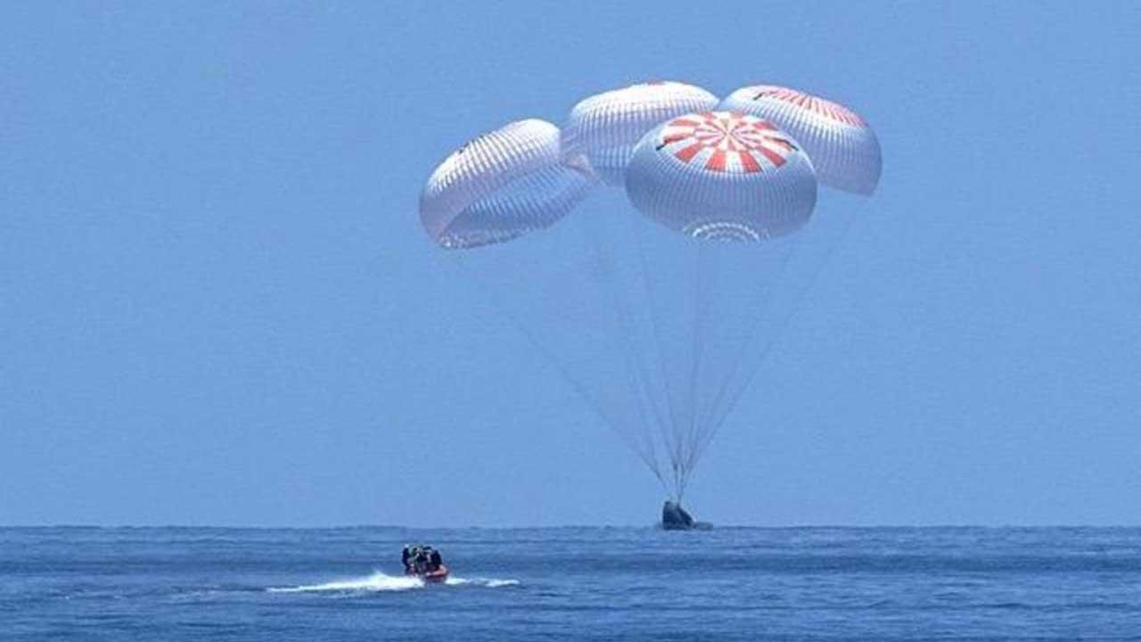SpaceX splash return