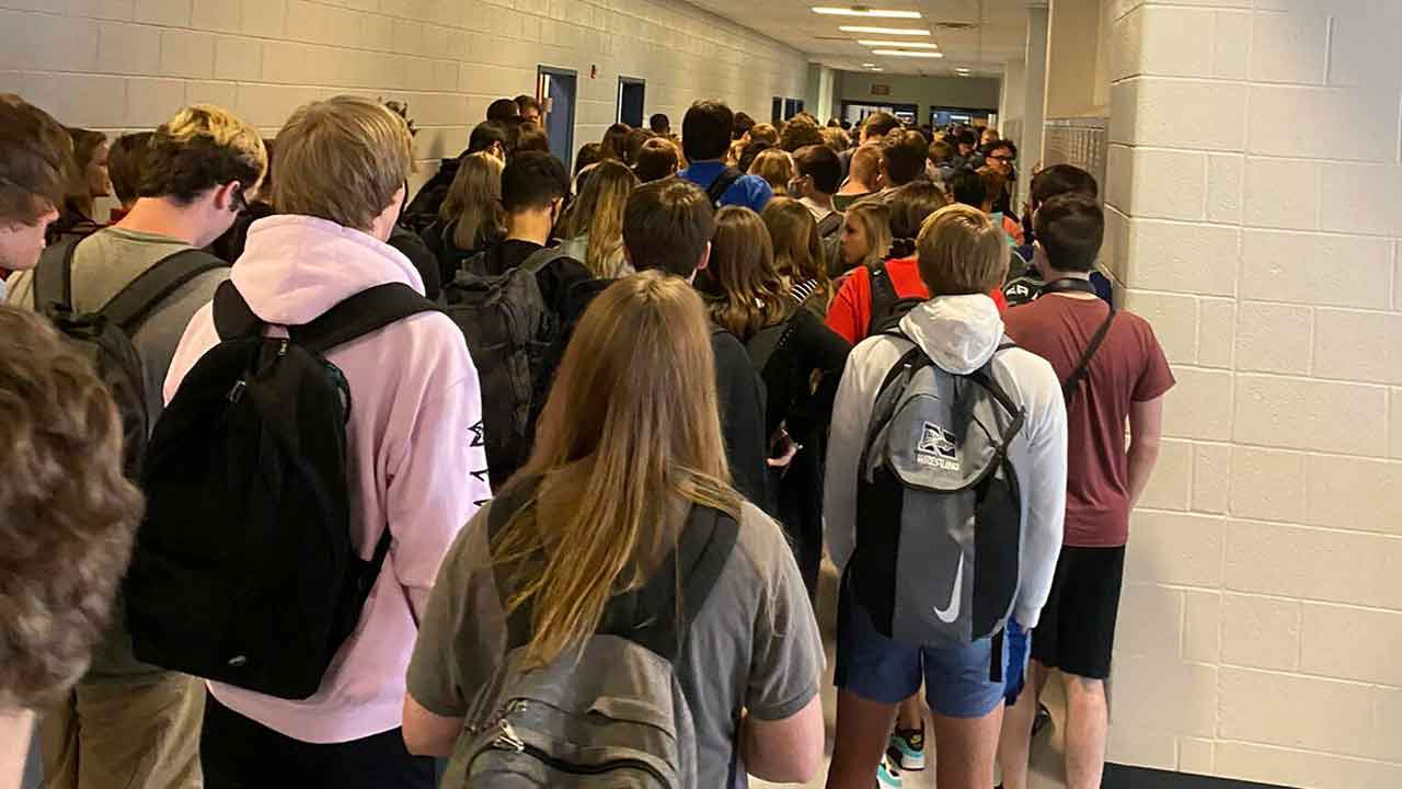 Suspension Reversed For Student Who Shared Photo Of Crowded School Hallway